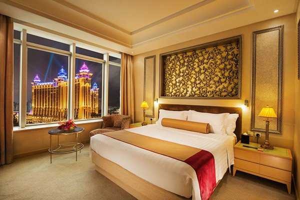 Broadway Limited Time Offer Macau Hotel Package